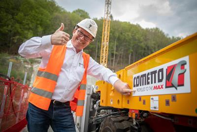 Jochen Wiesbauer is proud of his Cometto MSPE self-propelled modular trailers