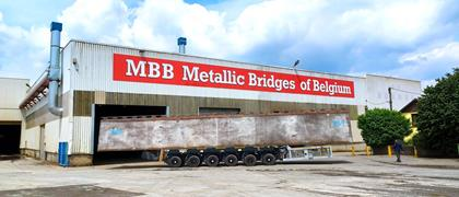 MBB has chosen a 6-axle SPMT self-propelled modular trailer by Cometto to move its parts elements