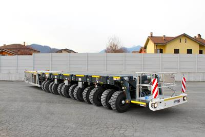 This 6-axle SPMT self-propelled modular bogie is part of a delivery to our Italian customer S.I.M.I. Srl.