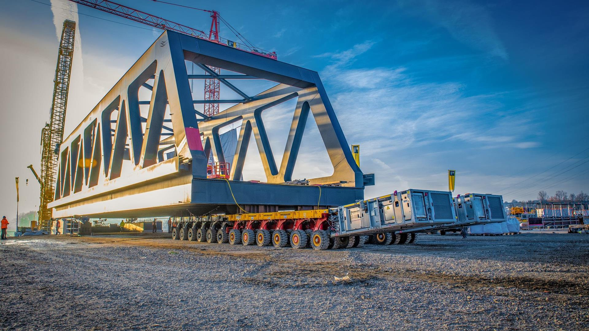 Cometto SPMT on the road with 820 tons
